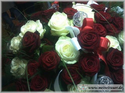 Trauer-Blumen_0141