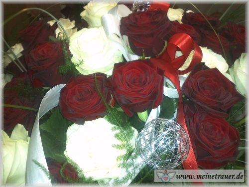Trauer-Blumen_0142